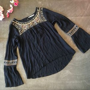 Pretty 💕 Embroidered Boho Gauzy Top Sz Small